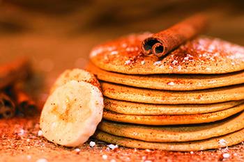 Almás-fahéjas amerikai palacsinta (cukormentes)